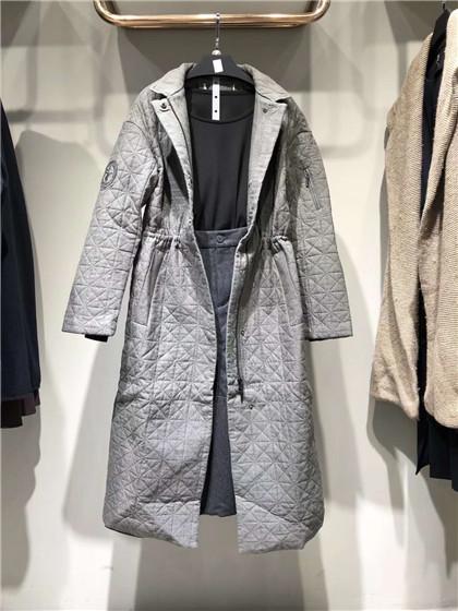 时尚女装希色秋冬品牌折扣货源
