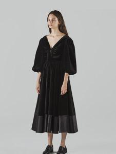 chictopia女装黑色V领雪纺连衣裙