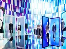 优衣库于快时尚品牌中脱颖而出将新品预览搬进博物馆