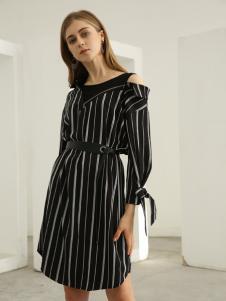 欧米媞女装新款秋冬新款黑白条纹裙简约大方