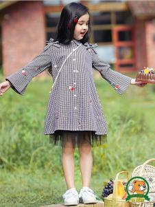 妙尼熊童装格子时尚女裙