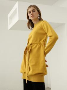 欧米媞女装2018秋冬长袖刺绣字母宽松套头高领加绒卫衣
