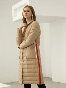 欧米媞女装2018秋冬休闲彩条织带立领修身减龄轻薄款羽绒服外套