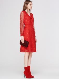 2018季候风红色蕾丝连衣裙