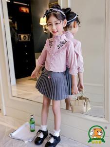 妙尼熊童装粉色印花上衣