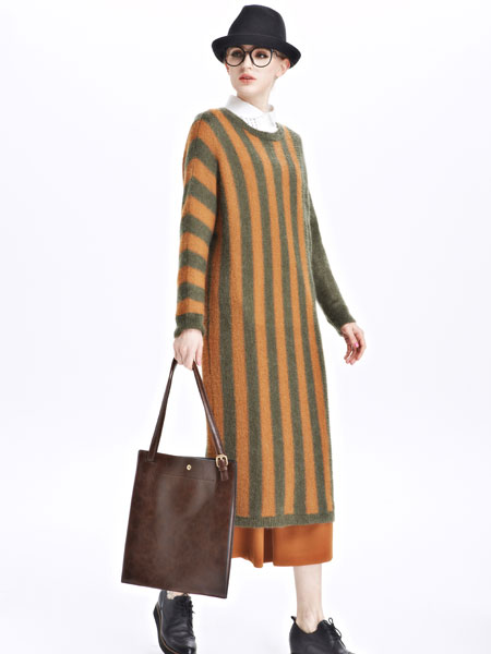 墨曲女装新品墨曲女装新品焦糖色绿色条纹长款套头衫
