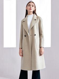 芮色女士大衣