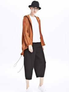 墨曲女装新品焦糖色短款长袖外套