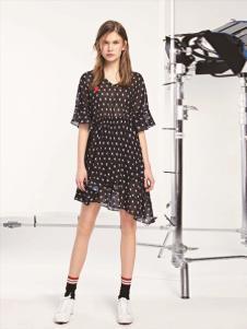 L+女装黑色圆点连衣裙