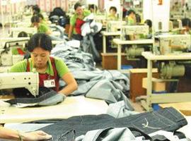 北京互联网服装定制花销指数居首 年轻消费者推崇