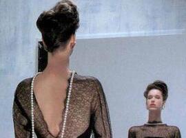 时尚日报:Chanel美妆功臣去世 唯品会第二季度股价暴跌