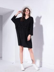 艾丽哲秋冬新款黑色款式休闲宽松蝙蝠衫