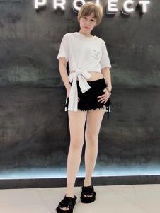A.WPROJECT女装白色系带上衣