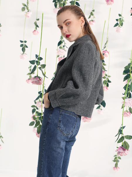 依路佑妮2018短款灰色外套