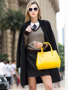 迪?#32442;?#23612;18新款优雅黄色女包
