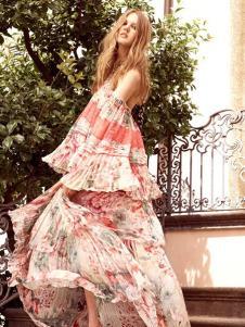 依然浪漫女装粉色印花连衣裙