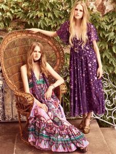 依然浪漫女装紫色印花连衣裙