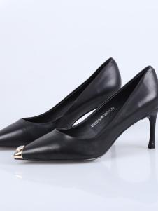 迪欧摩尼18银灰色尖头高跟鞋
