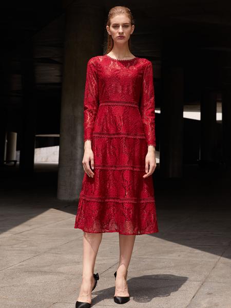 2018迪奥女装红色蕾丝裙