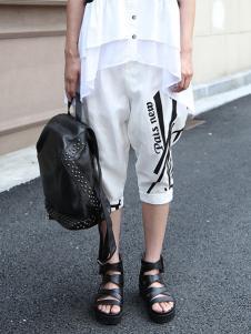 黑马蓝女装白色时尚休闲裤