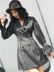2018艾米女装时髦风衣