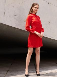 2018迪奥女装短款红色连衣裙
