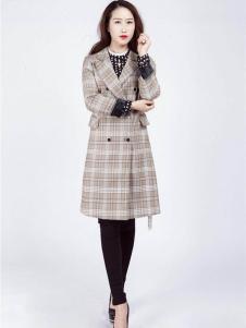 2018阿莱贝琳格子外套