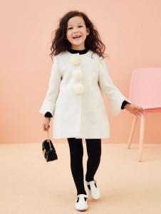 香蕉宝贝女童白色外套