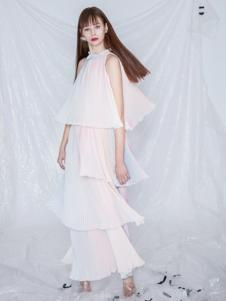 SIRAN女装白色挂脖连衣裙