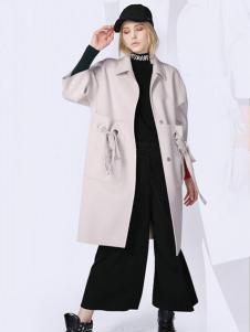 A ONE SELF女装米白色休闲大衣
