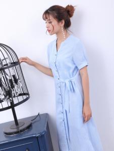 寂索新款浅蓝色衬衫裙