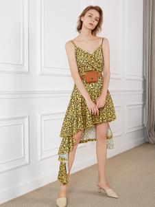 NILICO女装黄色碎花连衣裙