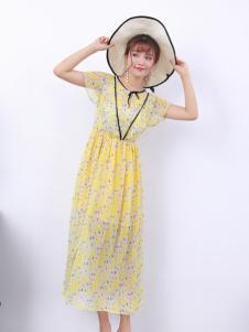 寂索新款浅黄色连衣裙
