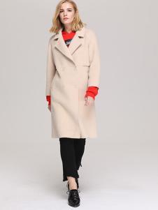 NILICO女装米白色休闲大衣