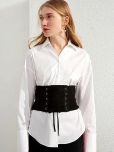 布莎卡白色衬衫