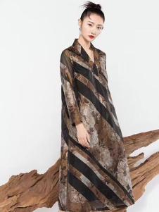 莫名女装条纹休闲连衣裙