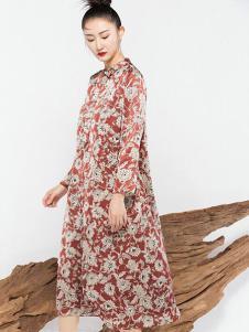 莫名女装印花宽松连衣裙