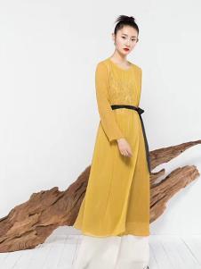 莫名女装黄色收腰连衣裙
