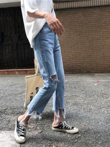 美酷思破洞牛仔裤