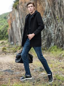 2018袋鼠男装黑色短款棉衣