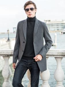 2018袋鼠男装灰色大衣