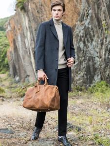 2018袋鼠男装大衣