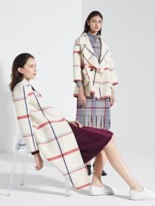 LUDICO女装米白格子大衣