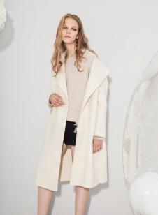 esons女装白色长款大衣