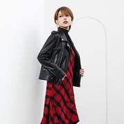 Ms.Leyna秋装焕新 时尚的多变穿搭法则