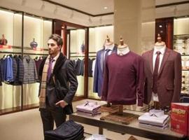 品牌服装毛利率超六成 雅戈尔品牌多元化战略见效