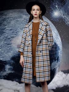 依薰女装格子时尚大衣