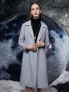 依薰女装灰色长款大衣