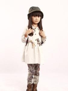 GT童装白色甜美女裙