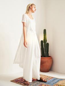 曾女装白色休闲连衣裙